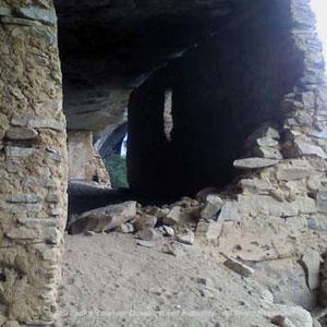 Omunugala Cave Monastery