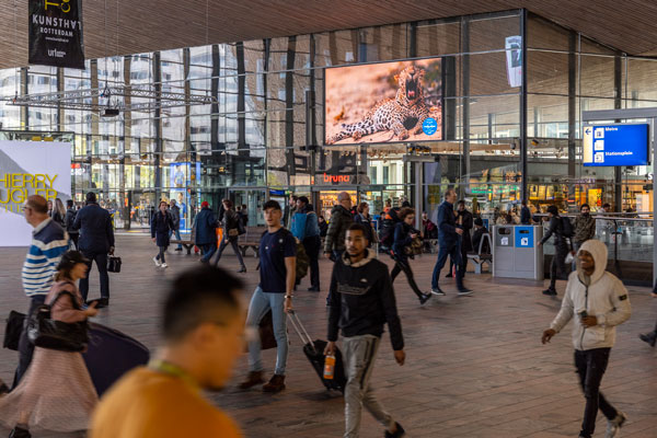 Digital Billboard Campaign to promote SL Tourism in Netherlands for the first time