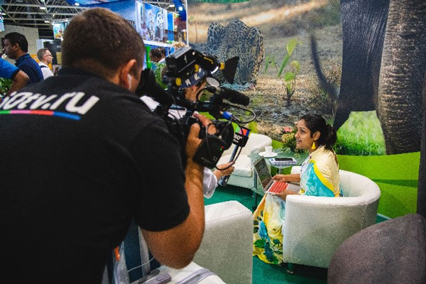 Sri Lanka shows its potential at the OTDYKH Leisure & Tourism fair