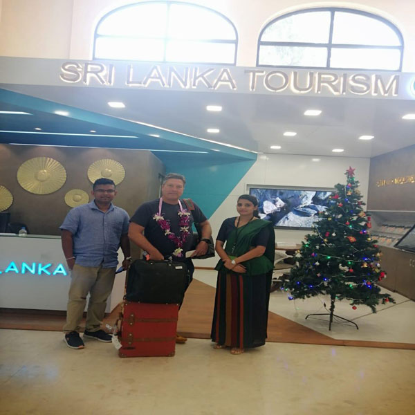Sri Lanka Tourism wins e-Swabhimani for its ingenious Travel Inquiry System